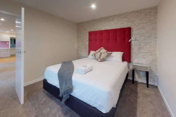 Kelburn-1-Bedroom-Apartment-B-Bedroom