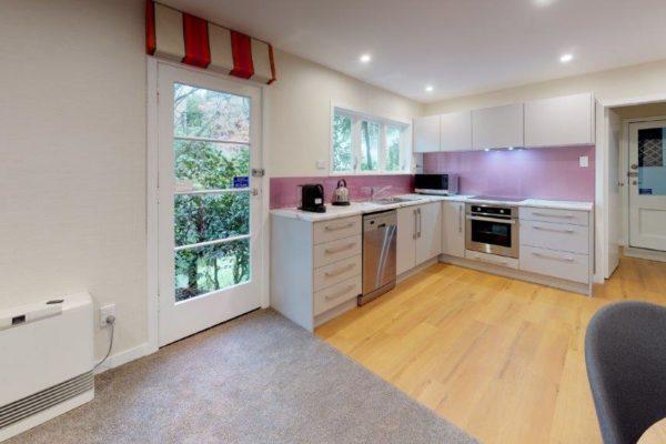 Kelburn-1-Bedroom-Apartment-B-Kitchen