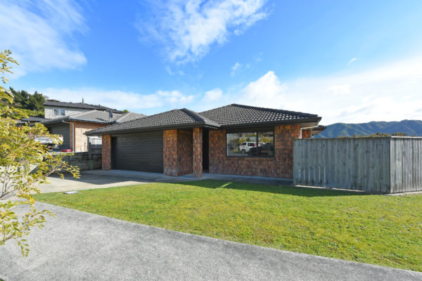 001_Open2view_ID459632-41_King_Charles_Dr_Upper_Hutt
