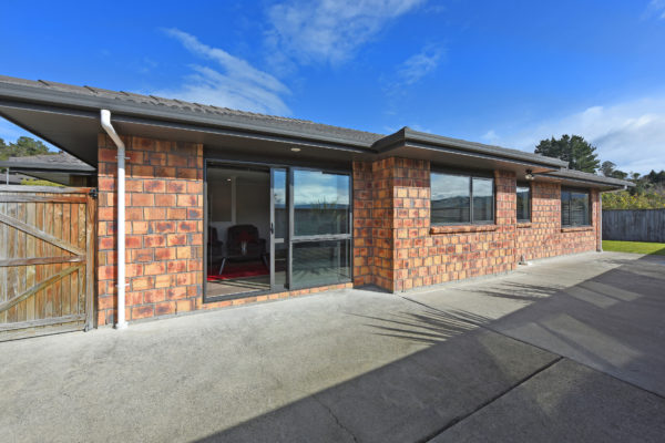 002_Open2view_ID459632-41_King_Charles_Dr_Upper_Hutt
