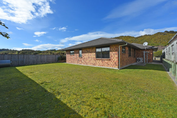 005_Open2view_ID459632-41_King_Charles_Dr_Upper_Hutt