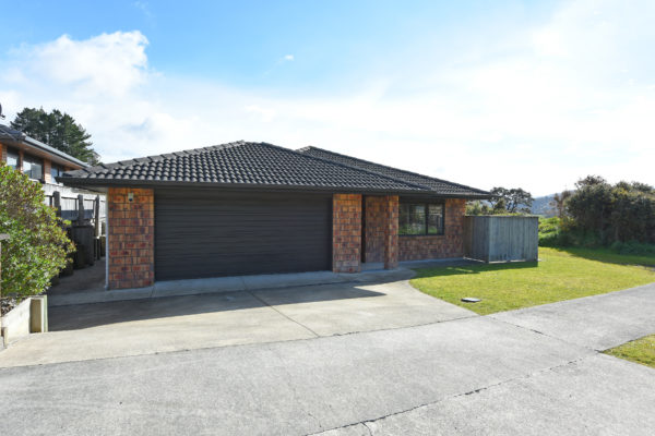 006_Open2view_ID459632-41_King_Charles_Dr_Upper_Hutt