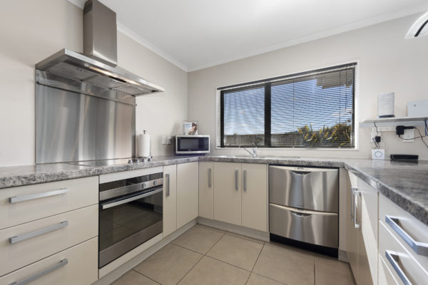 011_Open2view_ID459632-41_King_Charles_Dr_Upper_Hutt